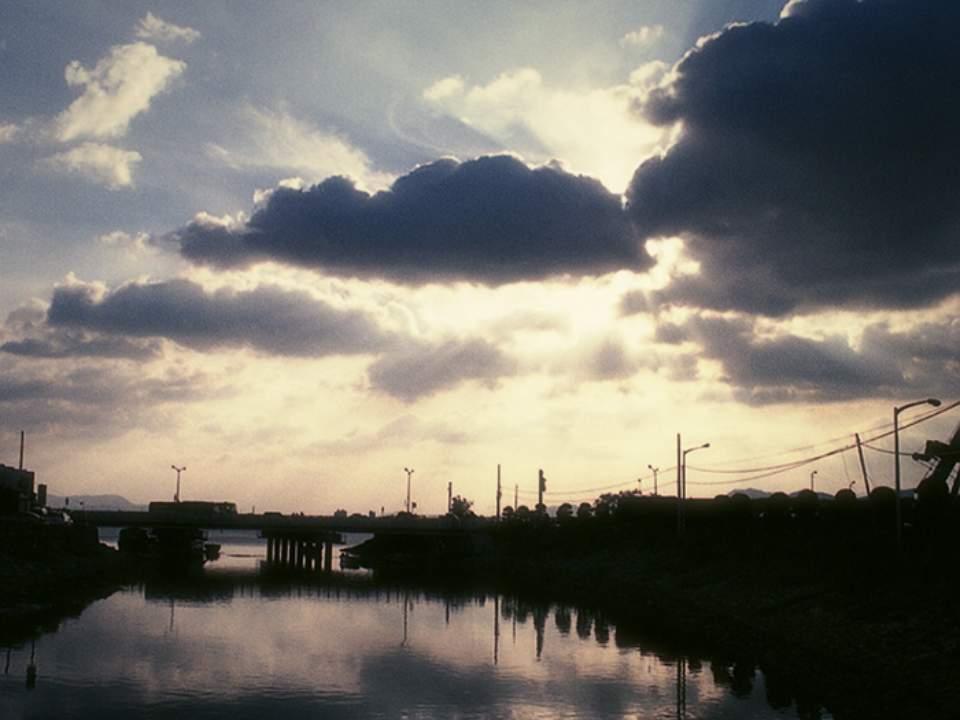 마을과 하늘
