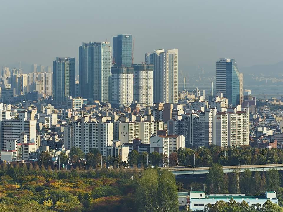 하늘공원에서 본 서울의 일부분