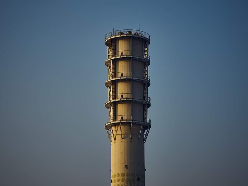 길다란 탑