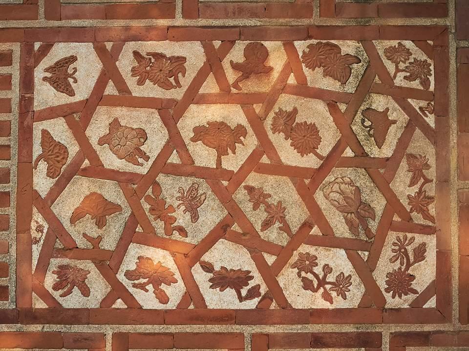 벽의 패턴