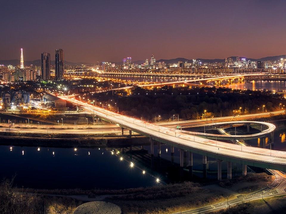 응봉산에서 본 서울의 모습