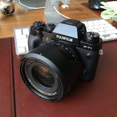 충동적으로 카메라를 샀다. -_-;