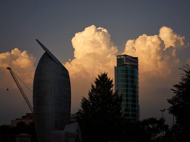 구름과 도시