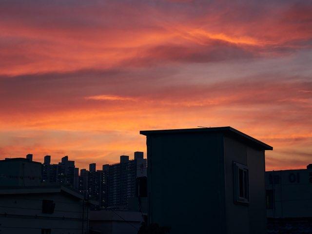 불타오르는 하늘